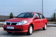 Renault Symbol rosu